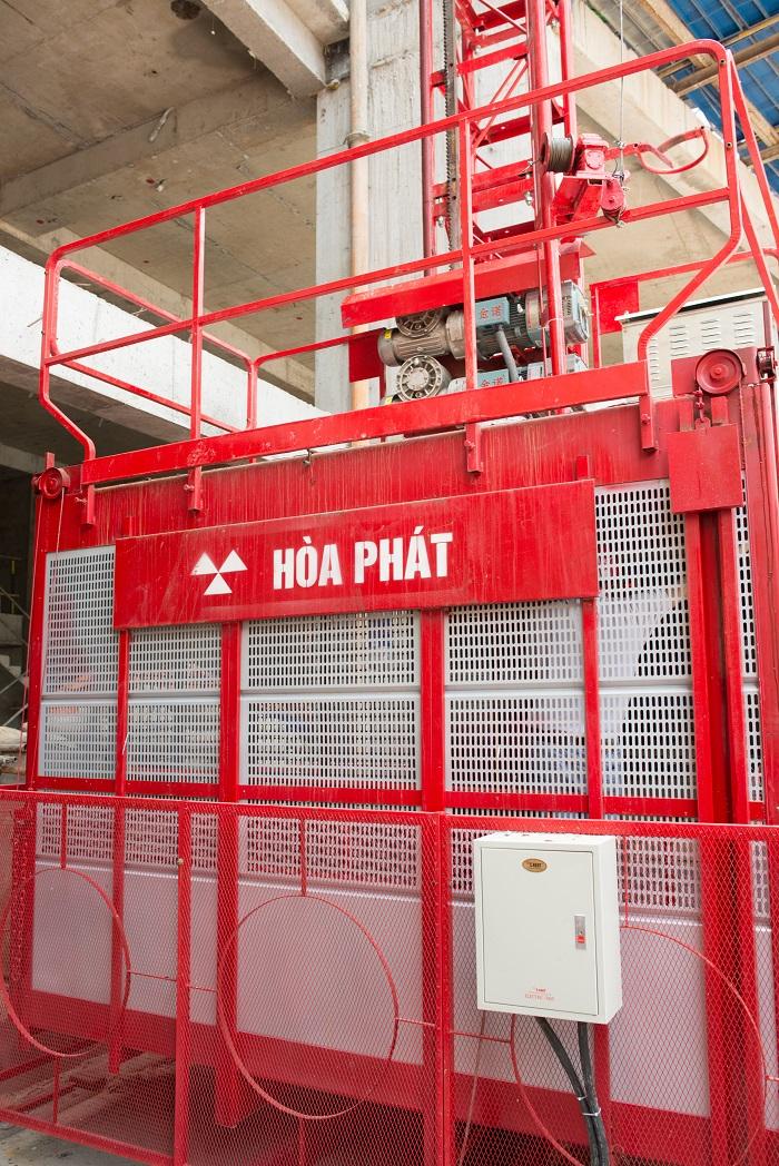 Vận thăng nâng hàng 500kg của Hoà Phát